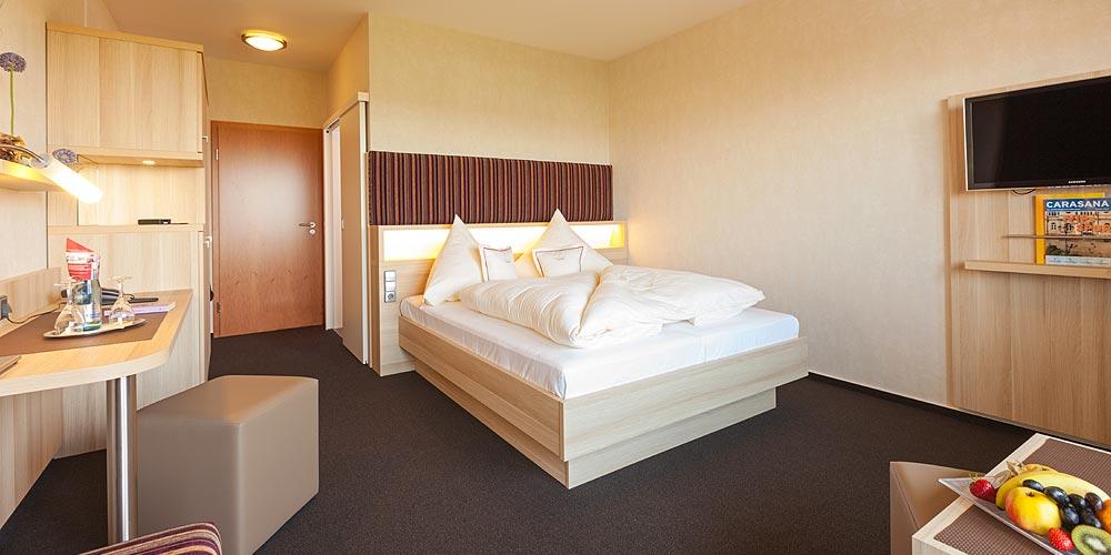 Doppelzimmer-Zimmer-buchen-Baden-Baden-